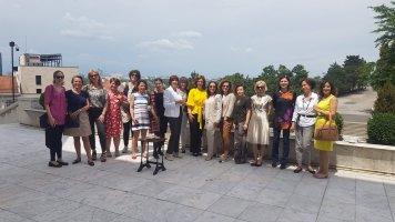 Les plus belles lectrices de Belgrade !!!